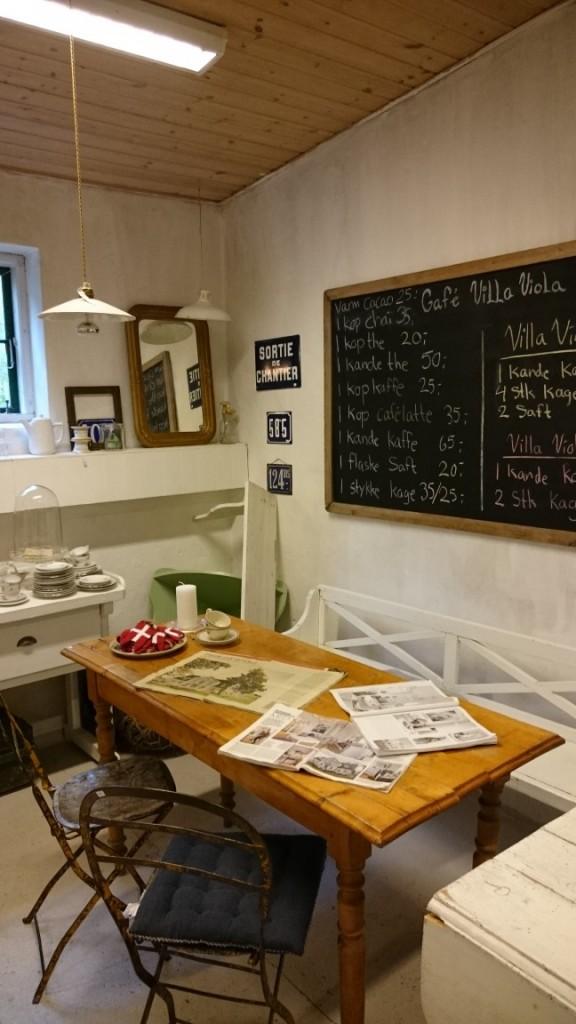 Villa Viola Living café