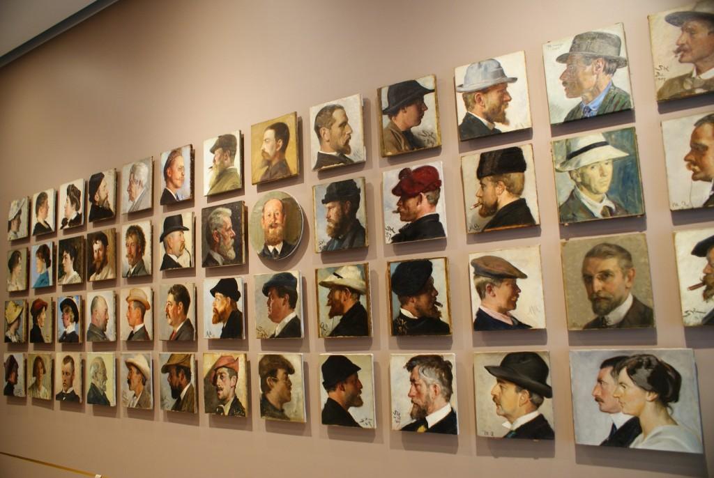 Portraits der Künstler während der Umbauphase