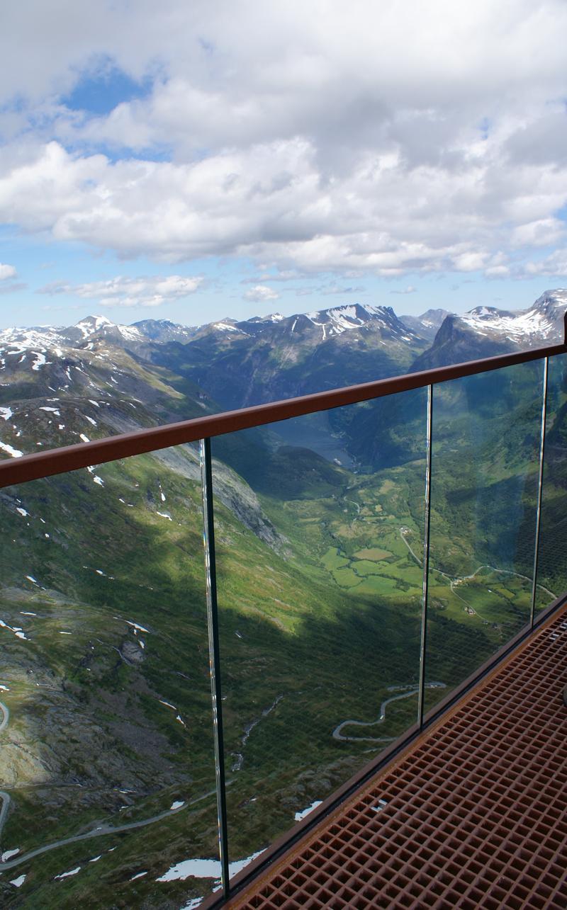 Die neue Aussichtsplattform auf dem Berg Dalsnibba